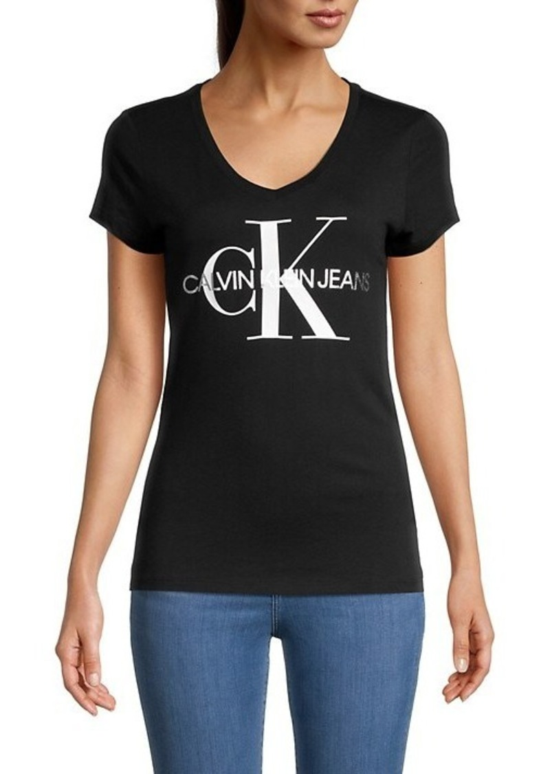 Calvin Klein Logo V-Neck T-Shirt