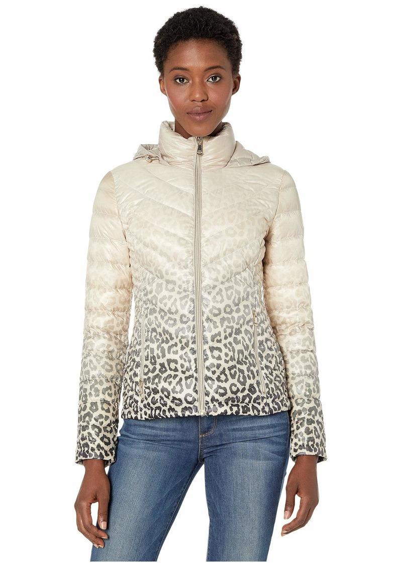 Calvin Klein Short Down Packable with Chevron Quilt Lines