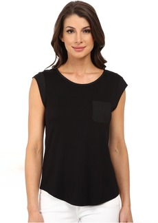 T-Shirt w/ One-Pocket