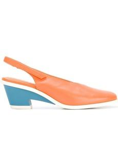 Camper contrast heel pumps