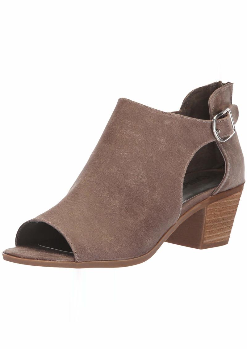 Carlos by Carlos Santana Women's Della Ankle Boot doe  Medium US