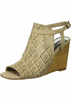 Carlos by Carlos Santana Women's Gabrielle Wedge Sandal lt doe 10 Medium US