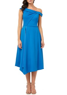 Carmen Marc Valvo Infusion One-Shoulder Crepe Dress