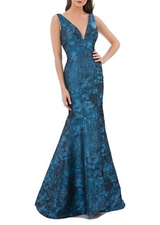 Carmen Marc Valvo Infusion Plunging Brocade Mermaid Dress