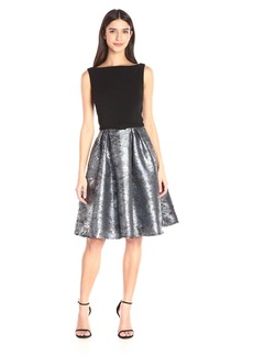 Carmen Marc Valvo Infusion Women's Crepe Solid Bodice with Printed Metallic Brocade Skirt