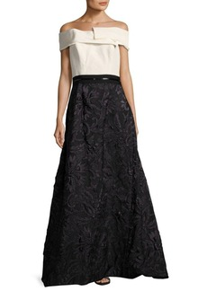 Carolina Herrera Embroidered Lace Gown