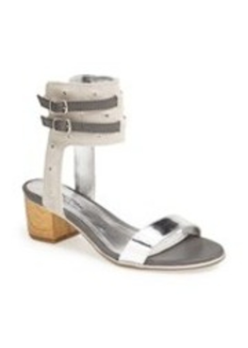 Kenneth Cole Reaction 'Slaw-ter' Sandal
