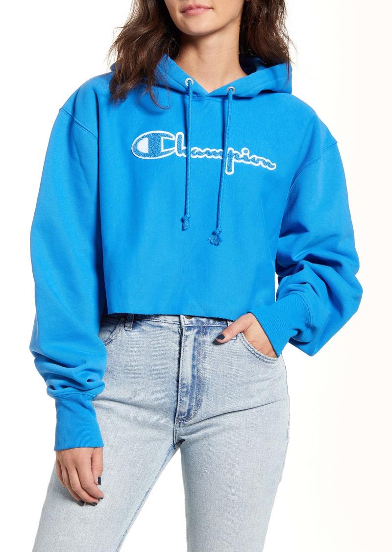 Champion Reverse Weave® Chenille Logo Crop Hoodie