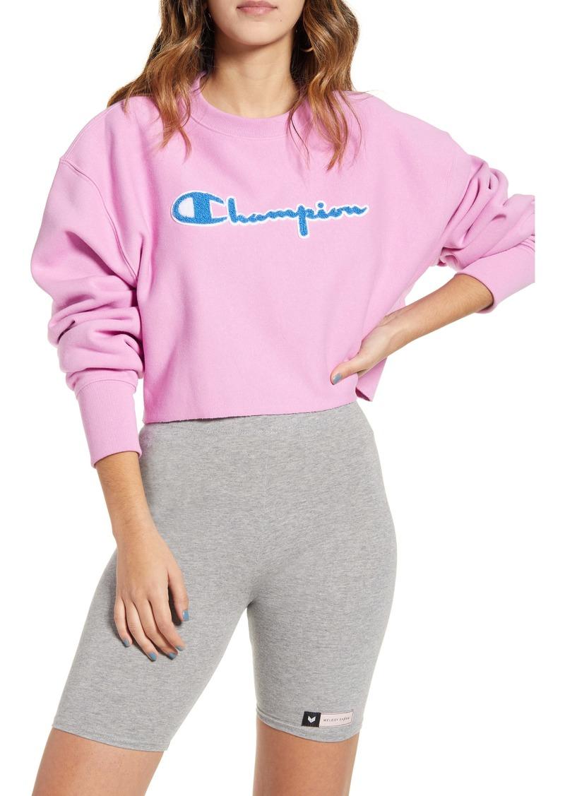 Champion Reverse Weave® Chenille Logo Crop Sweatshirt