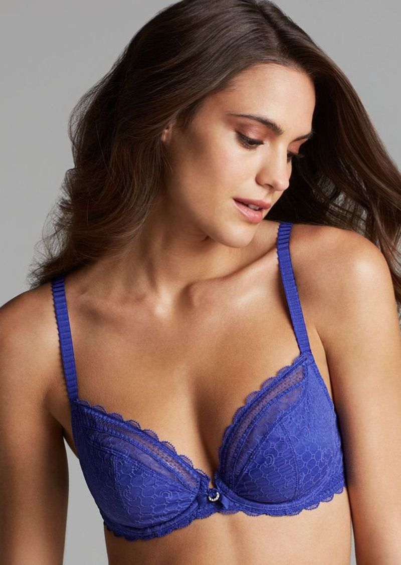 Chantelle Bra - C Chic Sexy Plunge Unlined Underwire #3641