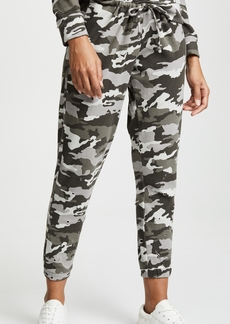 Chaser Camo Sweatpants