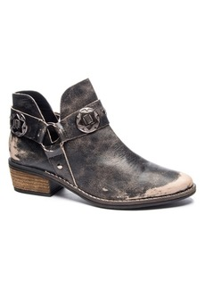 Chinese Laundry Atlas Western Booties Women's Shoes