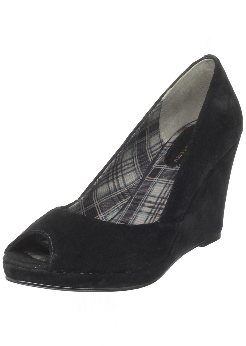 Chinese Laundry Women's Shooter Open-Toe Pump