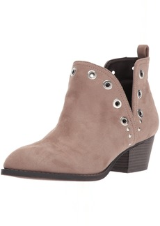 CL by Chinese Laundry Women's Catt Ankle Bootie   M US