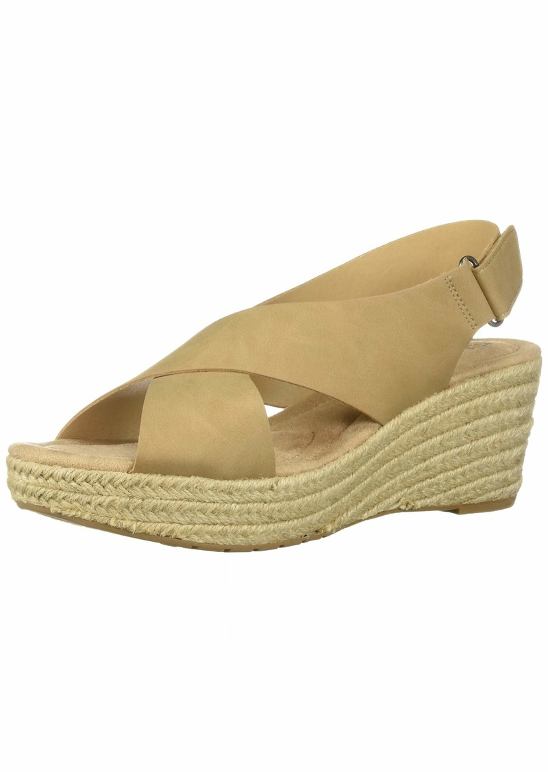 CL by Chinese Laundry Women's Dream Too Wedge Sandal   M US