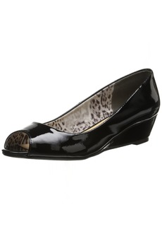 CL by Chinese Laundry Women's Hartley Wedge Pump