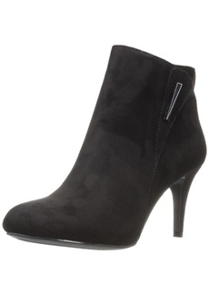 CL by Chinese Laundry Women's Nisha Bootie  7.5 M US
