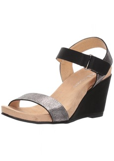 CL by Chinese Laundry Women's Trudy Wedge Sandal  9 M US
