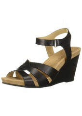 CL by Chinese Laundry Women's Truest Sandal   M US