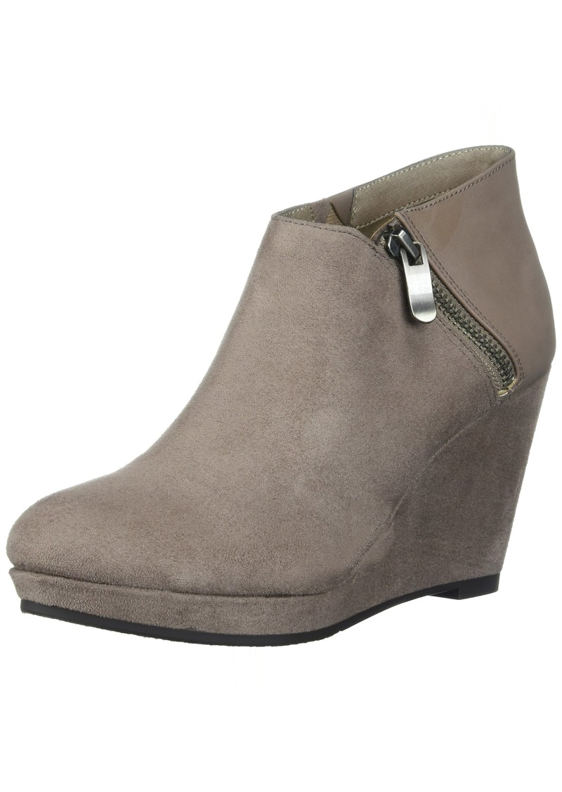 CL by Chinese Laundry Women's Vast Ankle Bootie Pebble Taupe Suede-Calf