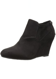 CL by Chinese Laundry Women's Viva Ankle Bootie   M US