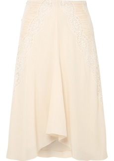 Chloé Ruched Crocheted Lace-paneled Silk Crepe De Chine Skirt