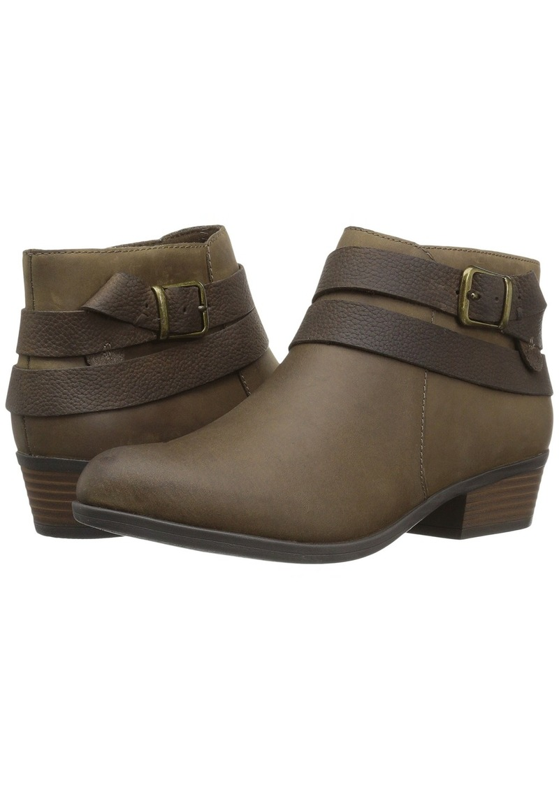 a72424dffe1 Clarks Addiy Cora Now  45.50