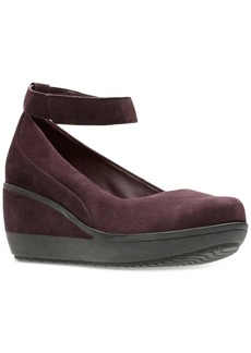 Clarks Artisan Women's Wynnmere Fox Ankle-Strap Wedges Women's Shoes