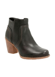 Clarks® 'Carleta Paris' Ankle Boot (Women)