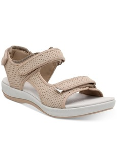 Clarks Collection Women's Brizzo Sammie Flat Sandals Women's Shoes
