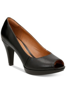Clarks Collection Women's Narine Rowe Pumps Women's Shoes