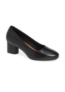 Clarks® Un Cosmo Step Pump (Women)