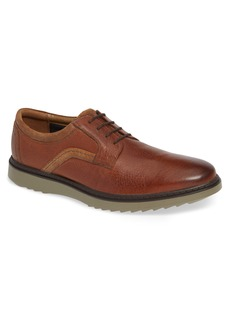 Clarks® Un Geo Lace Plain Toe Derby (Men)