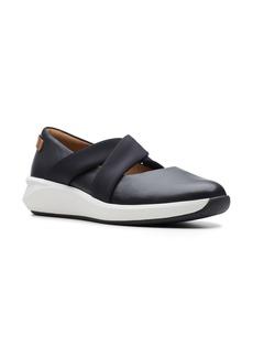 Clarks® Un Rio Cross Sneaker (Women)