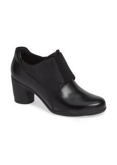 Clarks® Un Rosa Zip Bootie (Women)