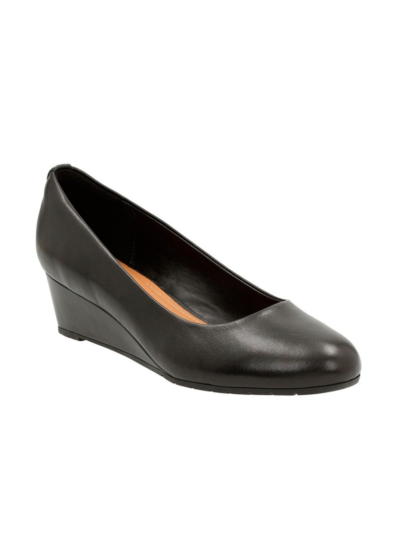 Clarks® 'Vendra Bloom' Wedge Pump (Women)