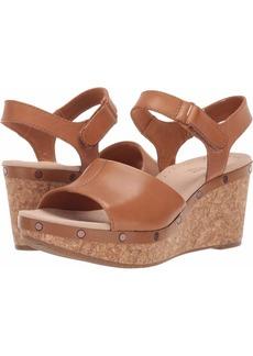 CLARKS Women's Annadel Clover Wedge Sandal tan Leather 00 M US