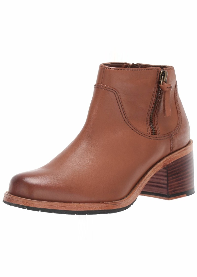 CLARKS Women's Clarkdale Dawn Ankle Boot  065 M US