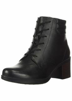 Clarks womens Hollis Jasmine Fashion Boot   US