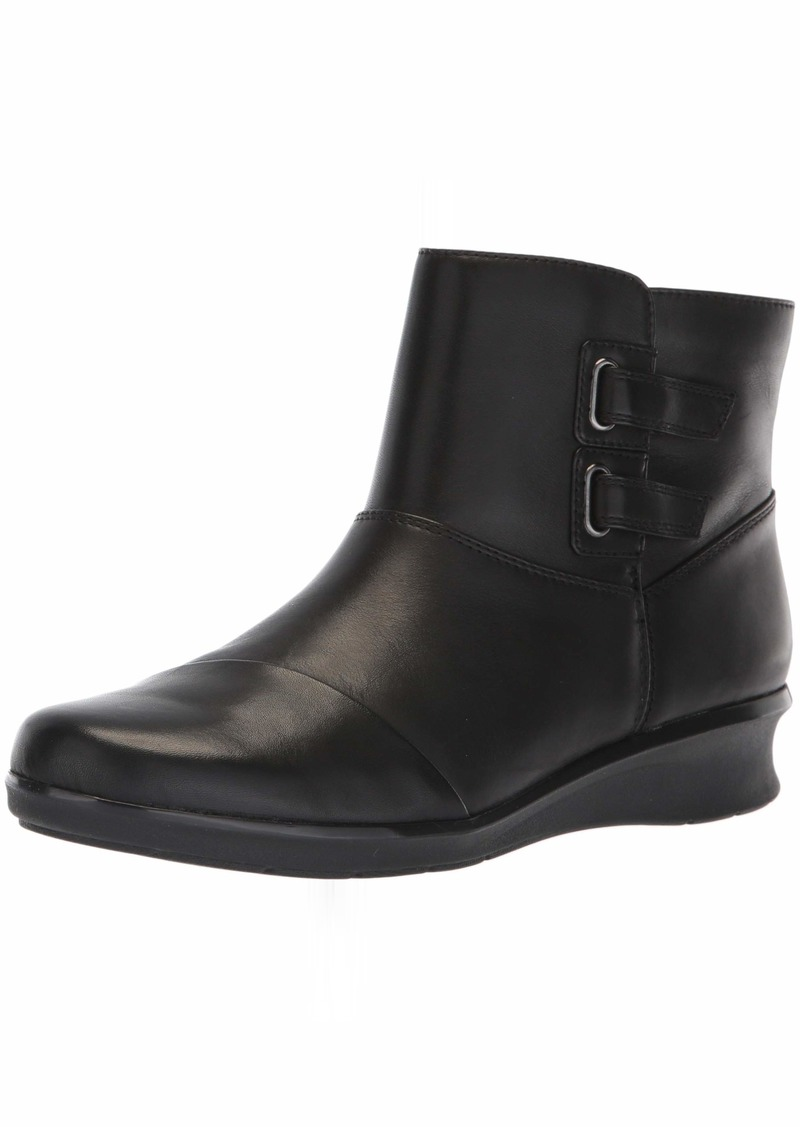 Clarks Women's Hope Cody Fashion Boot  060 W US