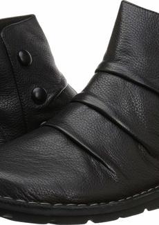 CLARKS Women's Janice Verna Fashion Boot  00 M US