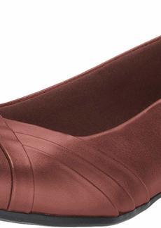 Clarks Women's Juliet Petra Pump tan Leather 6 W US