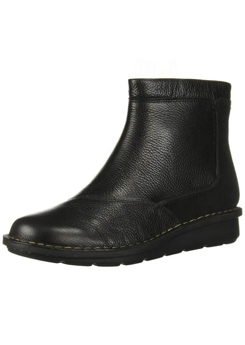 CLARKS Women's Michela Petal Ankle Boot Black Leather/Suede Combi 0 M US