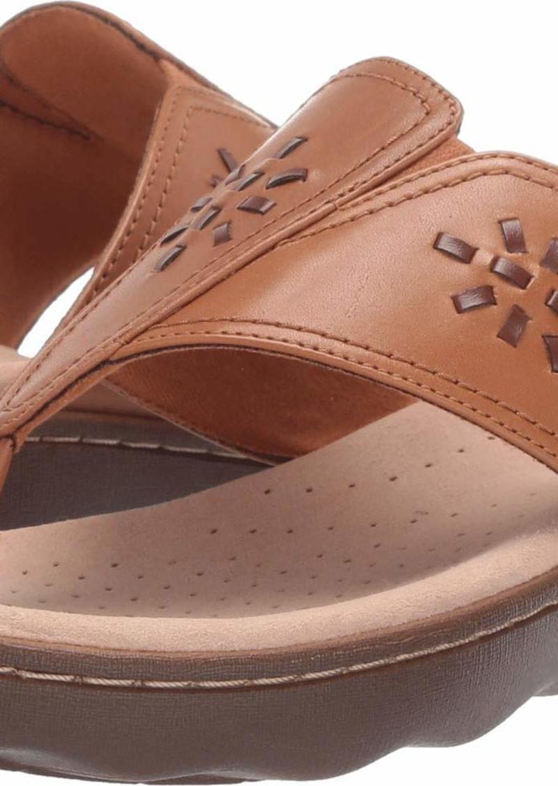 CLARKS Women's Phebe Mist Flip-Flop tan Leather 075 M US