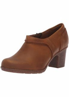 CLARKS Women's Sashlin Aleta Fashion Boot Dark tan Leather 065 M US