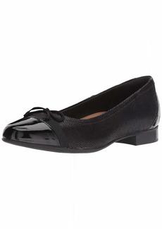 Clarks womens Un Blush Cap Ballet Flat Black Nubuck/ Patent Combi  US