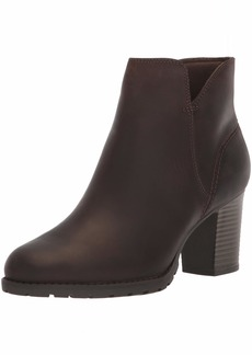 CLARKS Women's Verona Trish Fashion Boot  095 M US