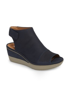 Clarks® Wynnmere Abie Wedge Sandal (Women)