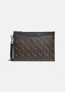 Coach hitch pouch with horse and carriage print