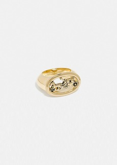 Coach horse and carriage oval ring